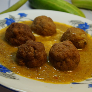 zafrani kofta curry